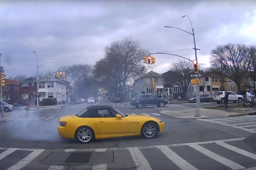Honda S2000 Burnout Brooklyn