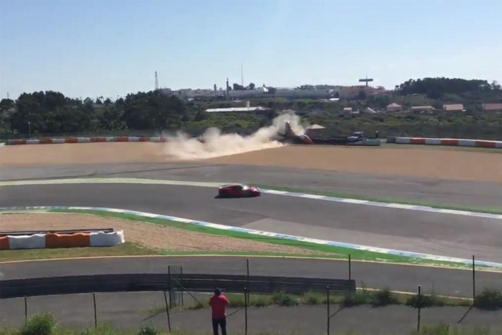 Ferrari 488 GTB crash at Estoril