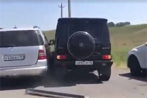 Friday FAIL Russian Mercedes-Benz Road Rage