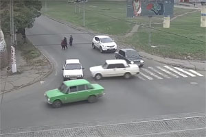 Friday FAIL: Lada Towing Crash
