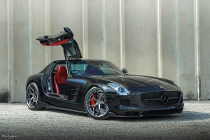 Mercedes-Benz SLS AMG with Brixton Forged PF5 Duo Series wheels