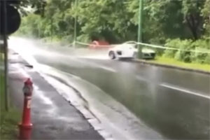 Friday FAIL Audi R8 Crash