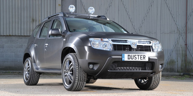 Dacia_Duster_black_edition