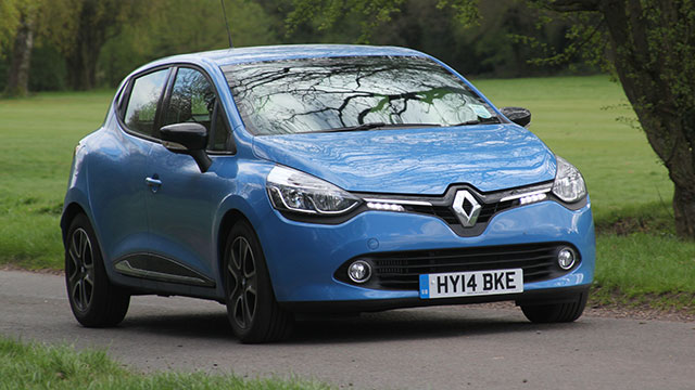 MR LT Renault Clio in action