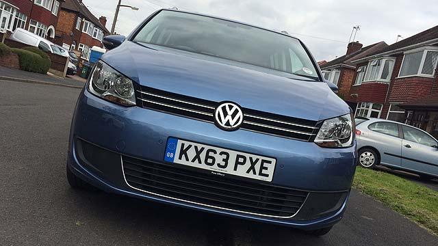 Volkswagen Touran Road Test Review 02