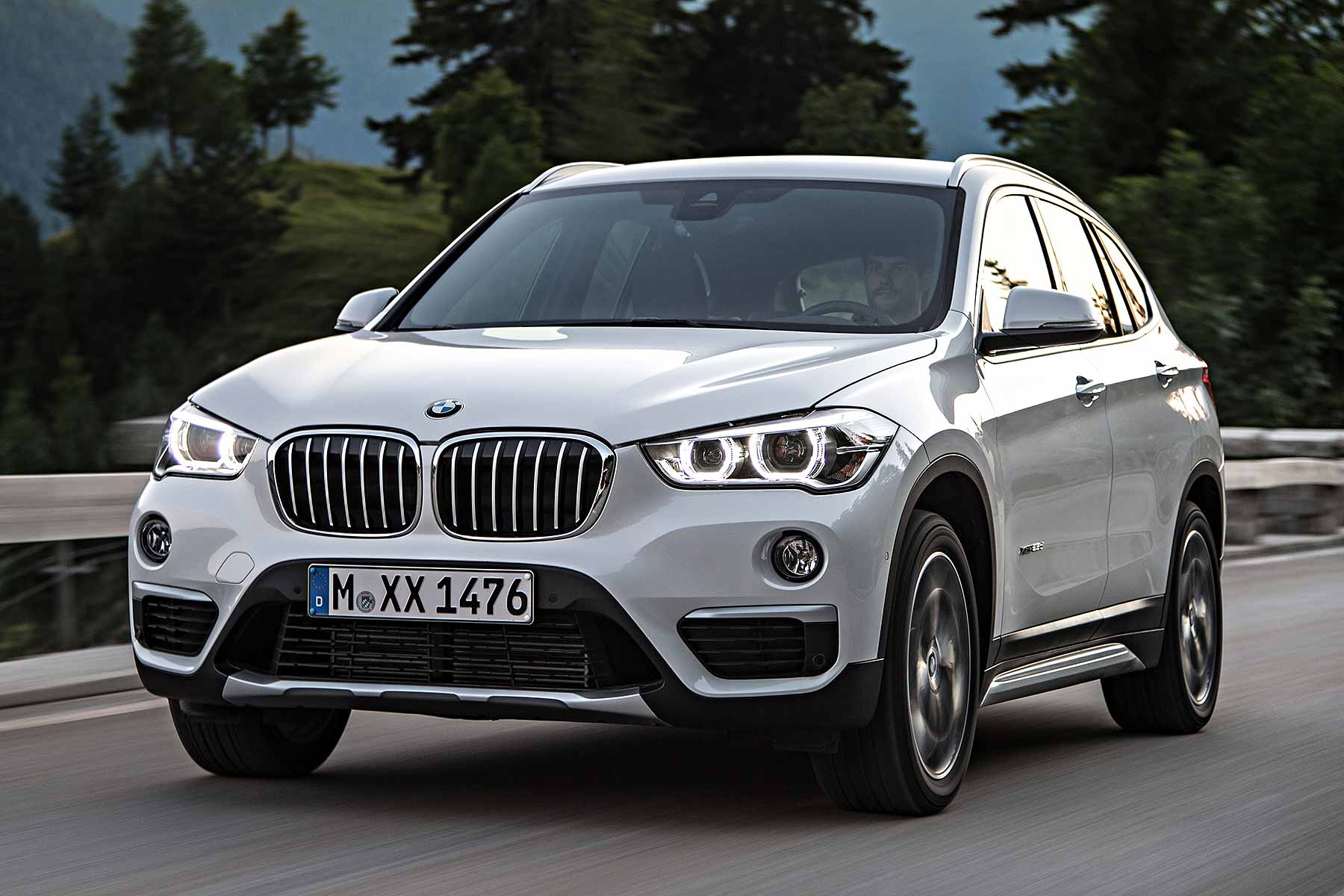 bmw x1 review 2015 first drive motoring research. Black Bedroom Furniture Sets. Home Design Ideas