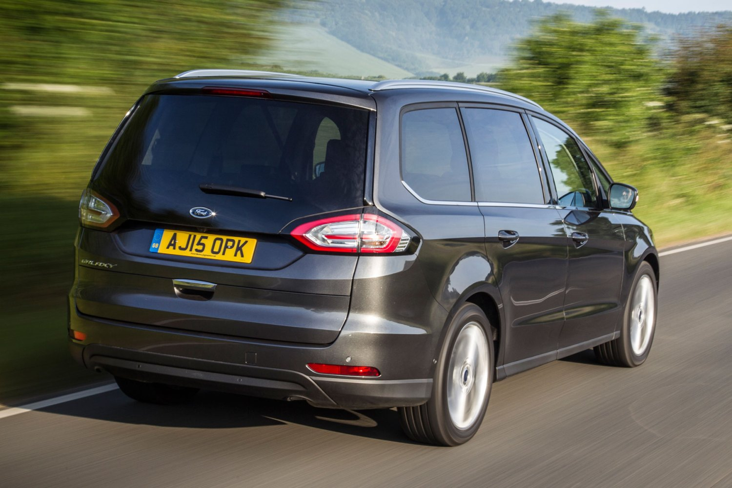 2015 Ford Galaxy: on the road