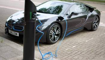 Bmw Shows Hands Free Ev Charging At Ces 2015 Motoring Research