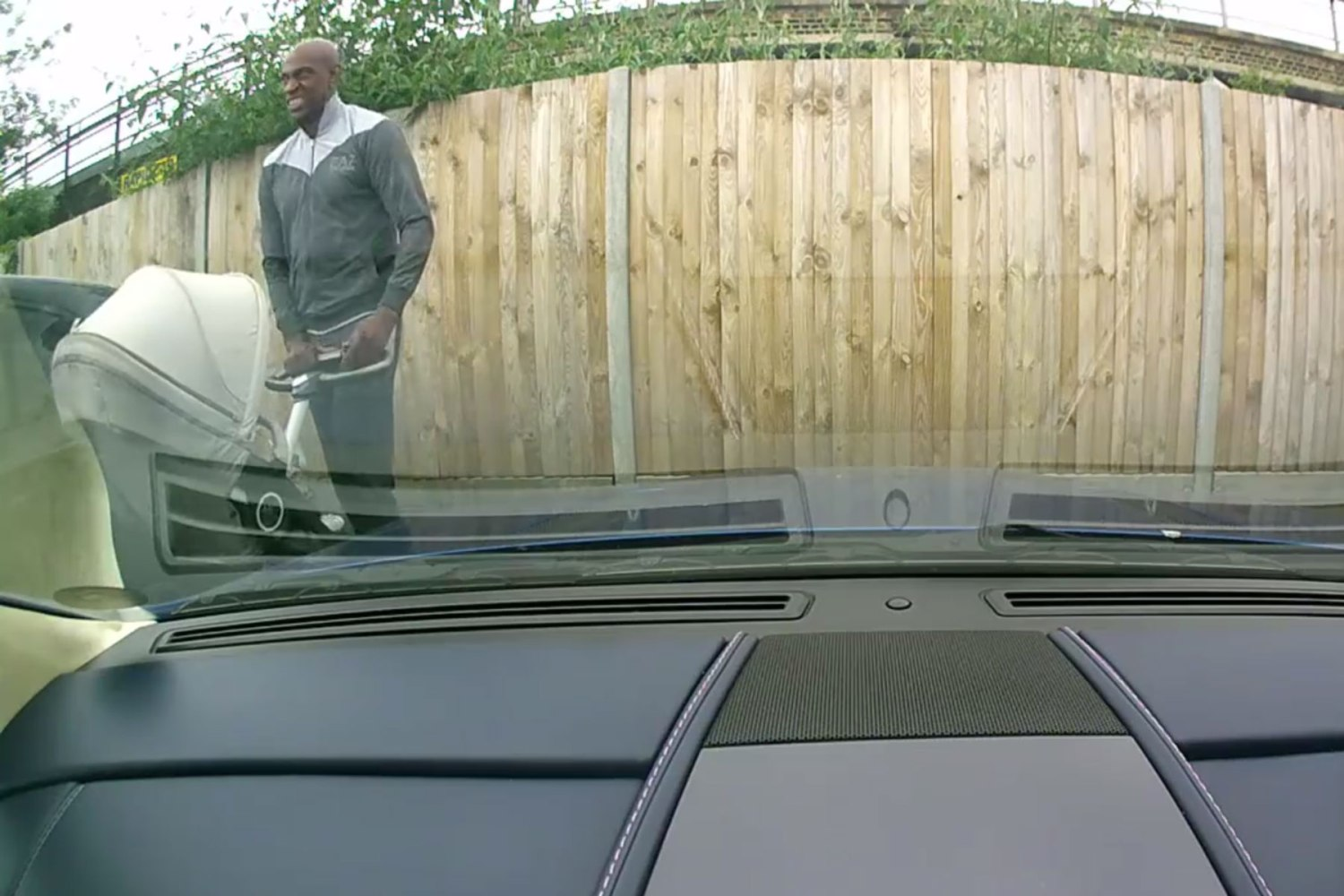 Police appeal to find man who keyed Aston Martin