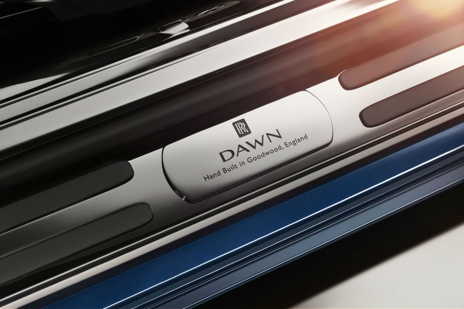 Rolls-Royce Dawn teased ahead of next week's debut