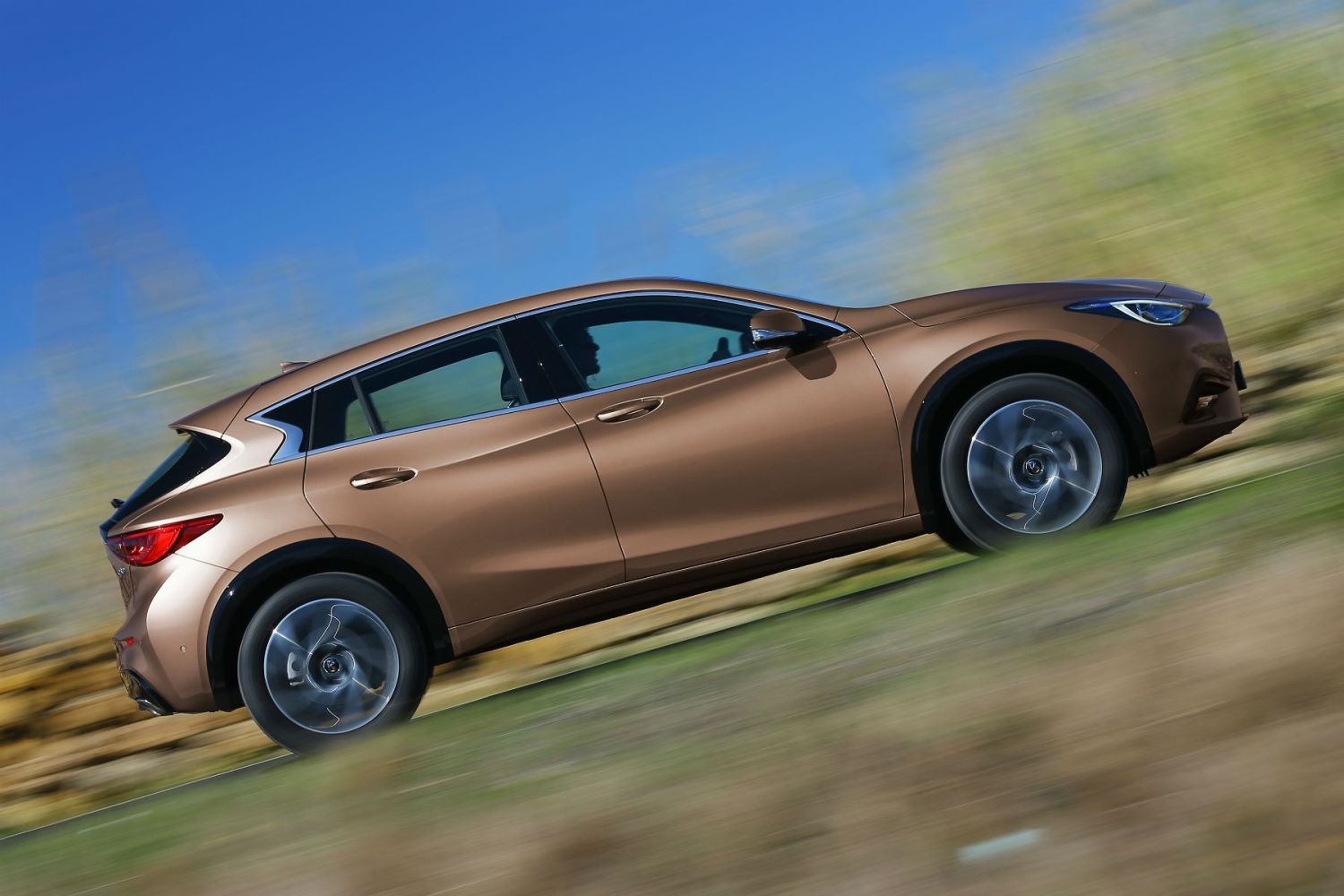 Infiniti Q30 review: On the road