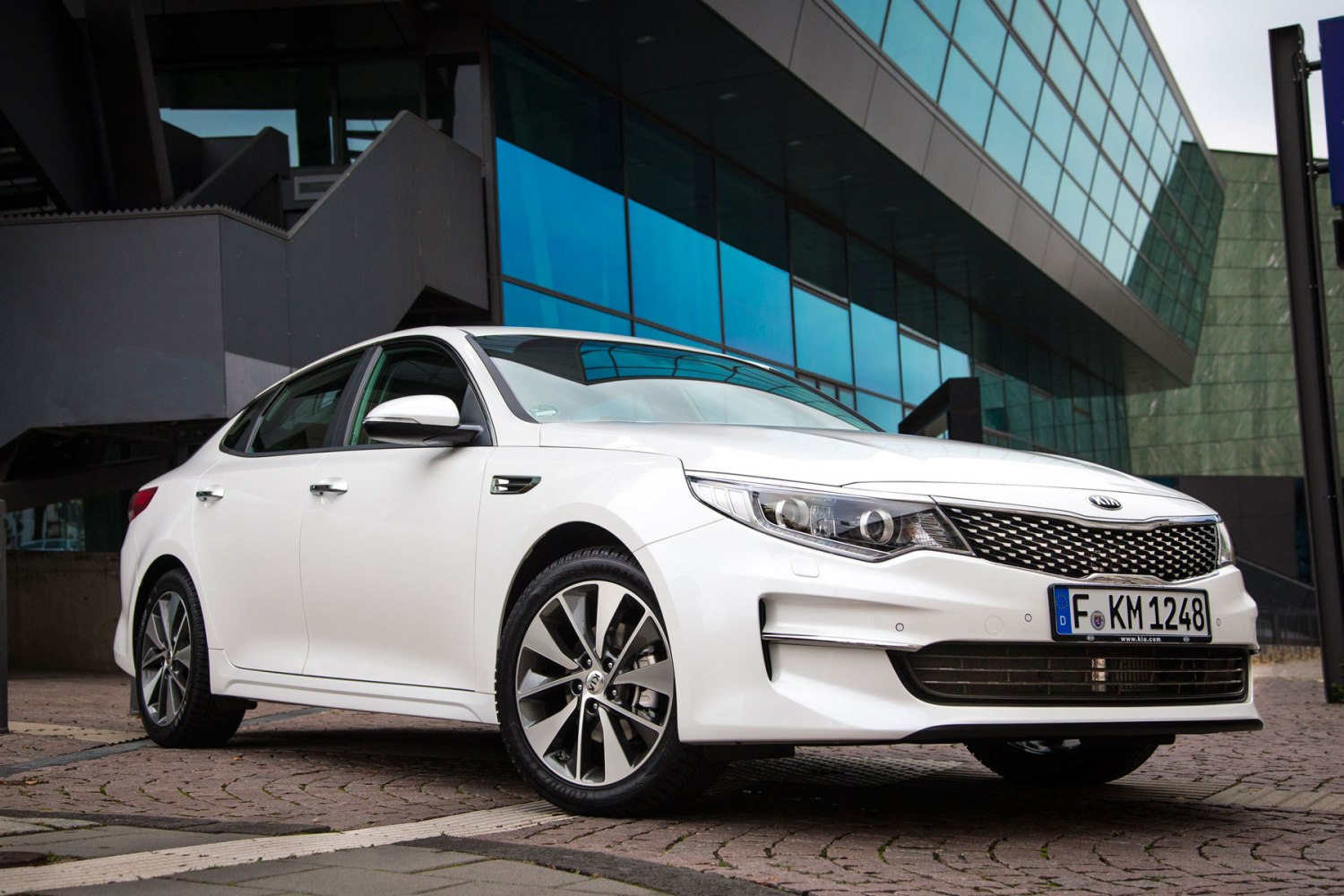 Kia Optima UK prices