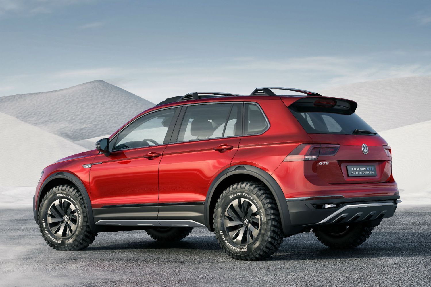 Are we going to see a production version of the Volkswagen Tiguan GTE Active Concept?