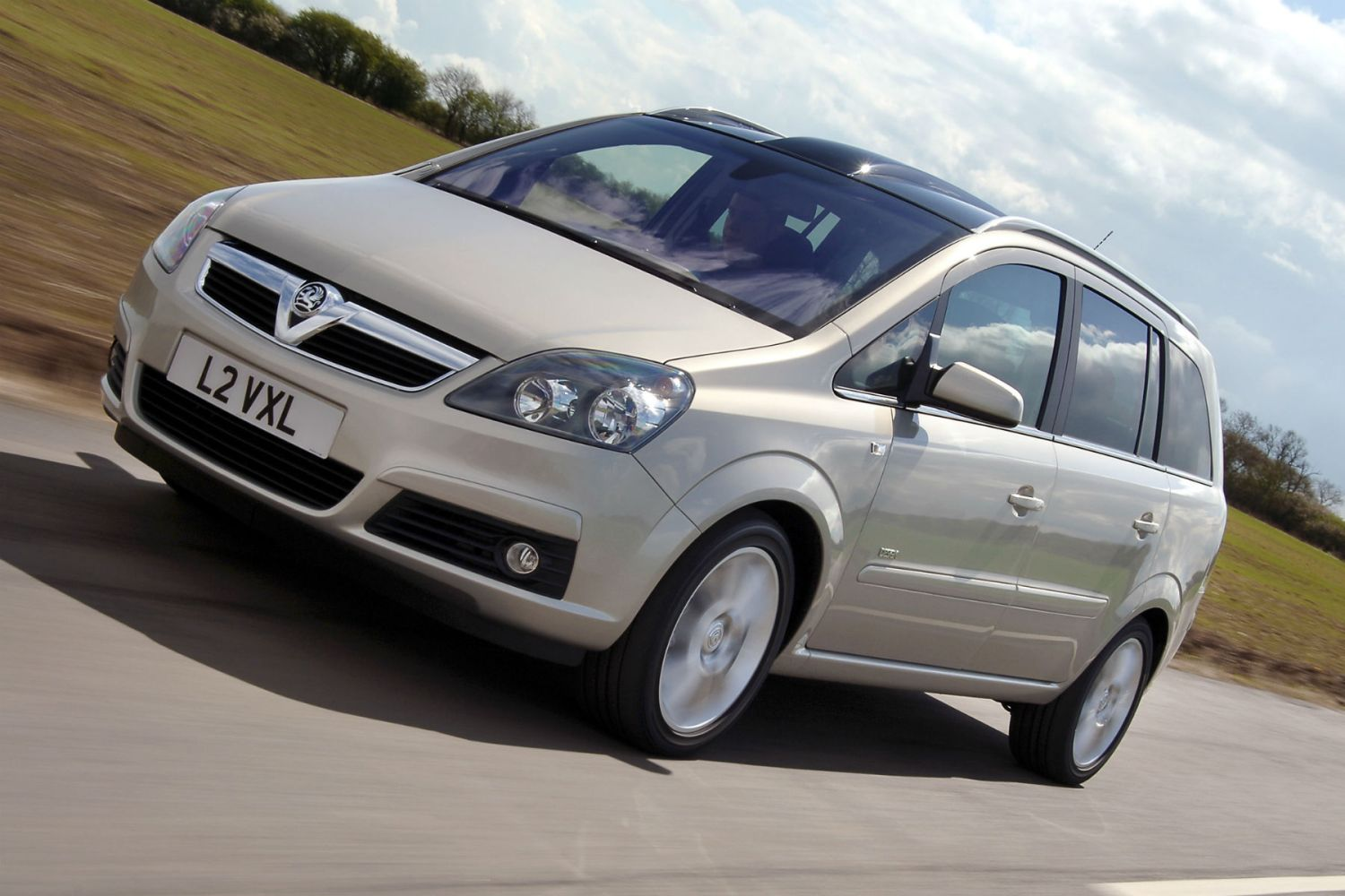 Vauxhall issues SECOND recall over Zafira fire risk