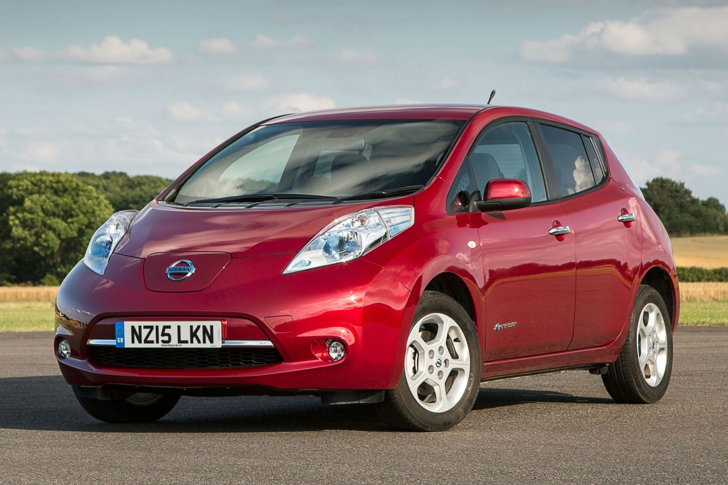 Electric and hybrid cars take four times longer to sell at auction