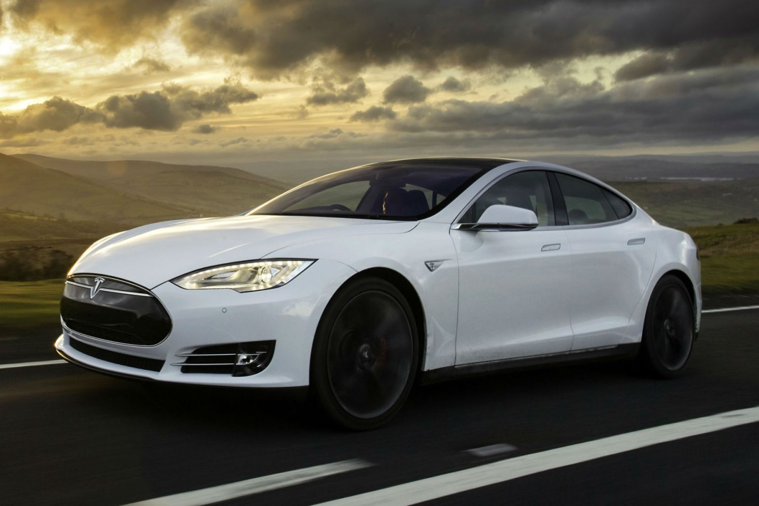 A man has died after his Tesla crashed while on autopilot