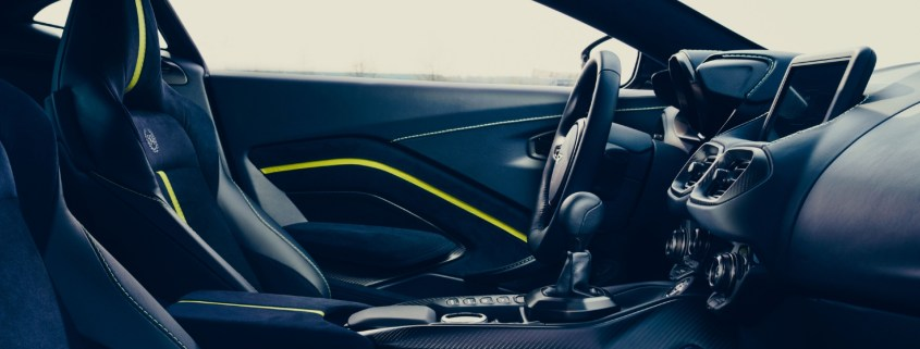 Sports cars with a manual 2019