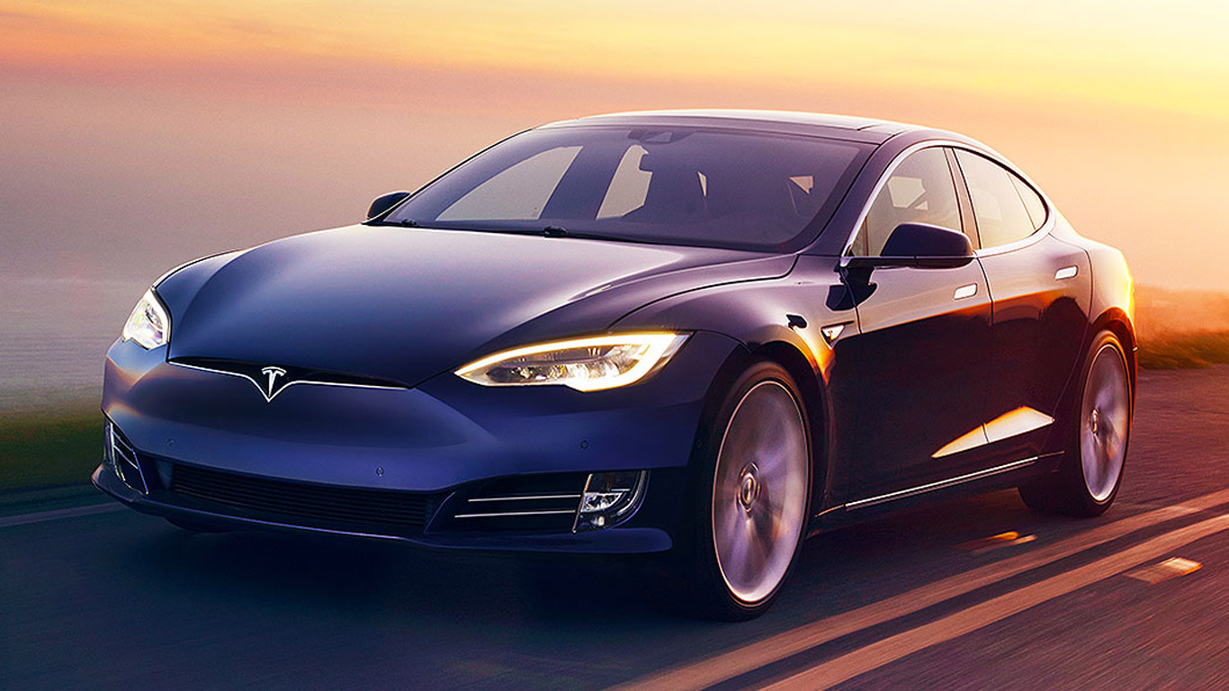 Tesla Model S - 2.5 seconds