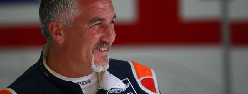 Great British Bake Off's Paul Hollywood to race this weekend