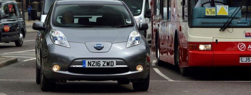 Nissan-Leaf-Uber