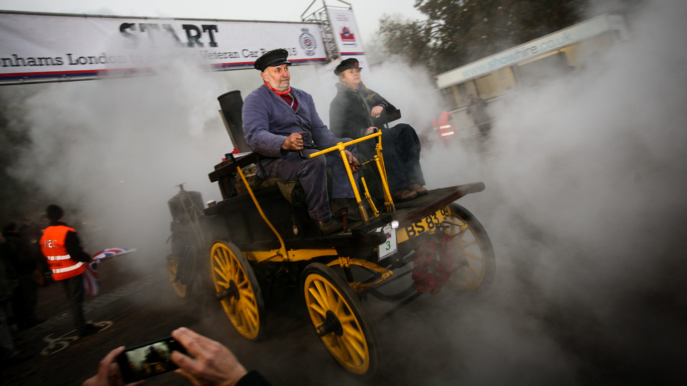 London to Brighton Veteran Car Run (5 November)