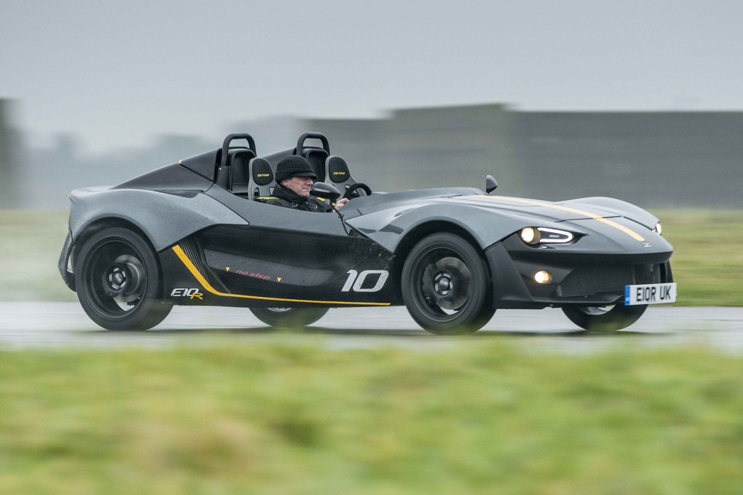 Norfolk sports car manufacturer Zenos has gone into administration