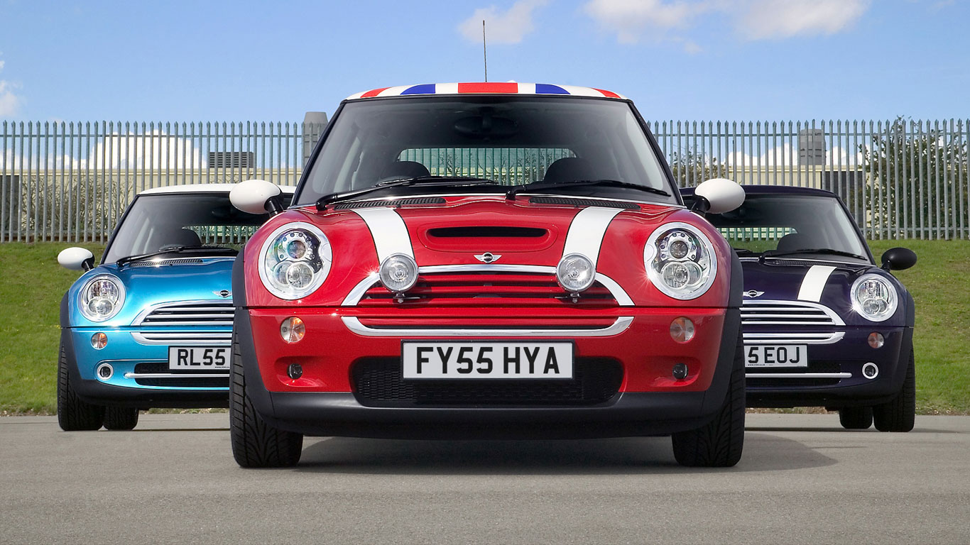 Mini Happy Returns 20 Years Of The New Mini Motoring Research