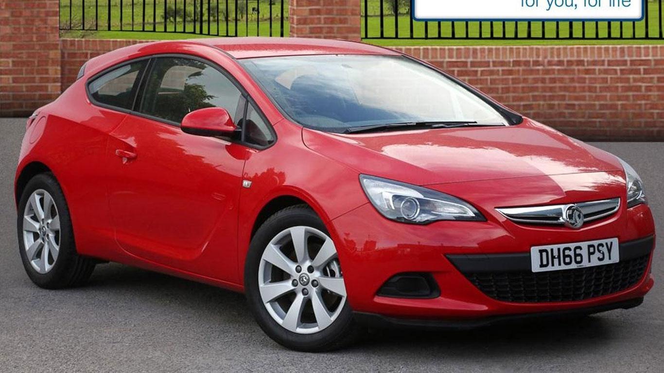 Vauxhall Astra GTC: £11,500