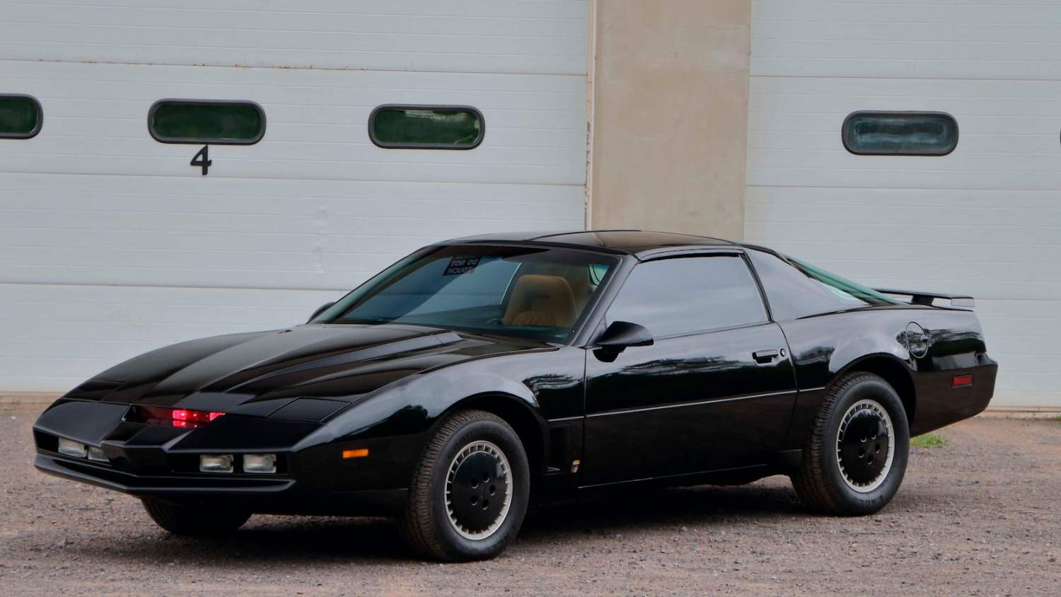 1982 Pontiac Trans Am KITT replica