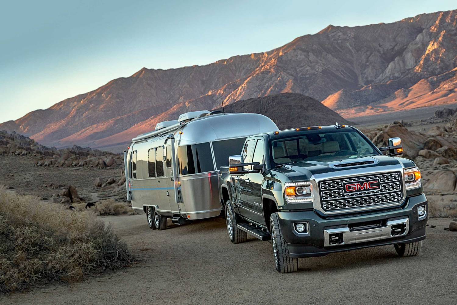 Best Towing 2019: Every truck ranked | Motoring Research