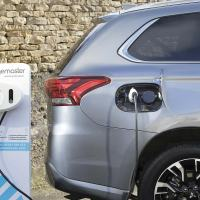 Government pulls plug-in hybrid car grants