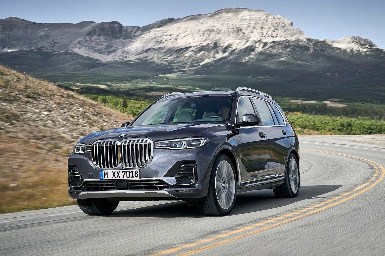 2019 BMW X7 luxury SUV