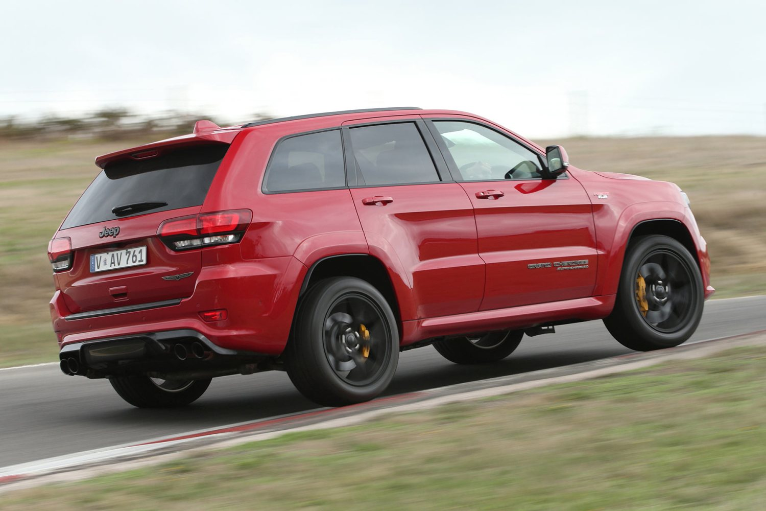 2018 Jeep Grand Cherokee: New Trackhawk Version, Specs, Price >> Uk Pricing Announced For 707hp Jeep Grand Cherokee Trackhawk