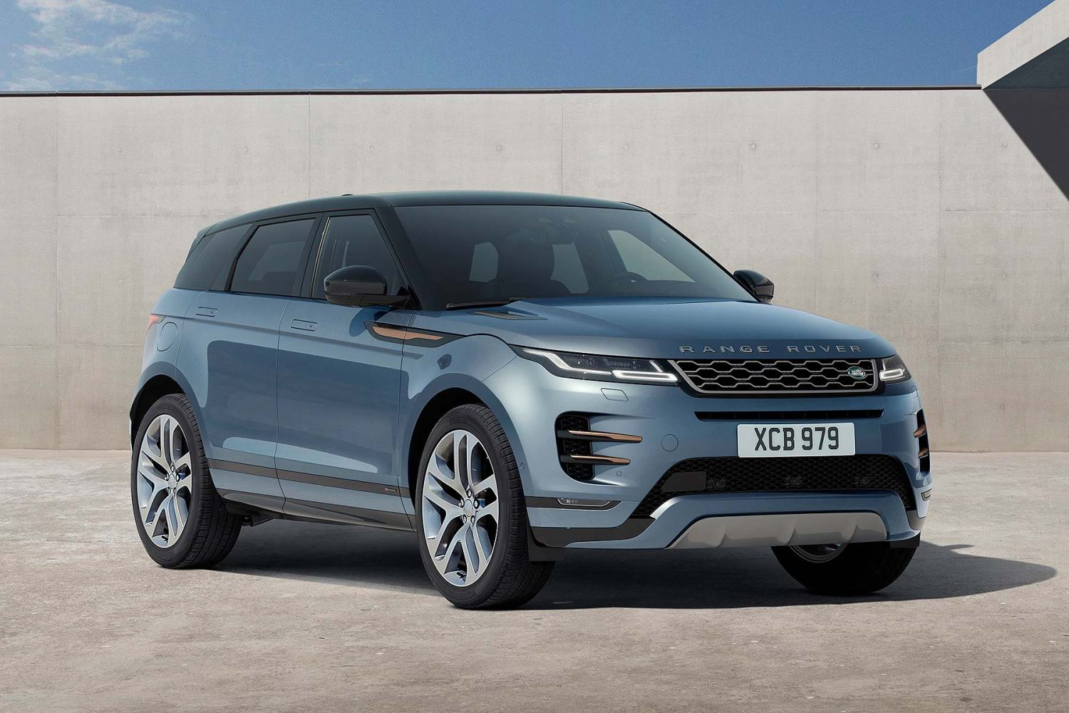 New 2019 Range Rover Evoque Revealed And Ordering Is Open Now
