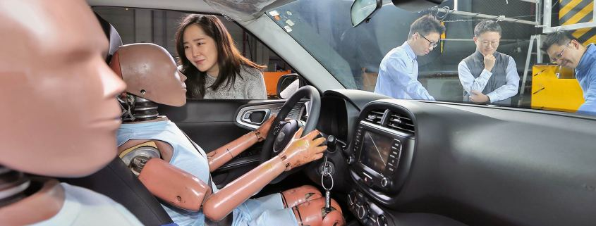 Hyundai creates first multi-collision airbag system