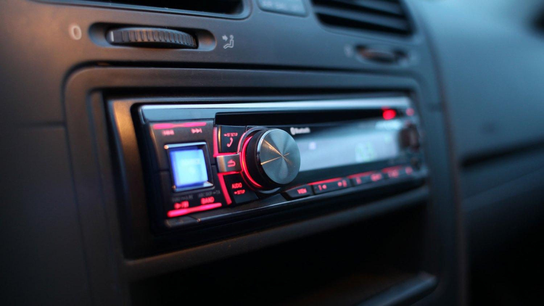 in-car CD player