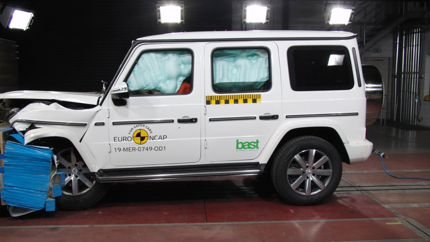 Mercedes G-Class safety rating