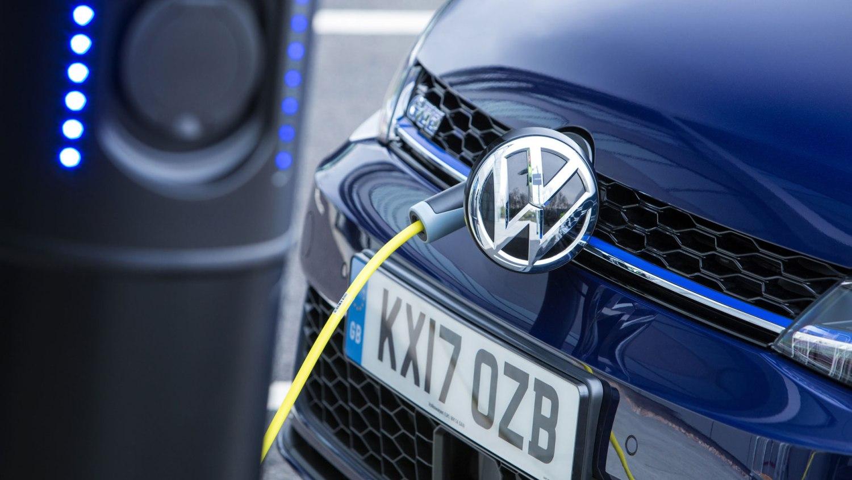 Volkswagen Golf GTE Advance