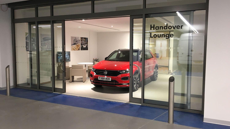 Volkswagen pop-up dealer