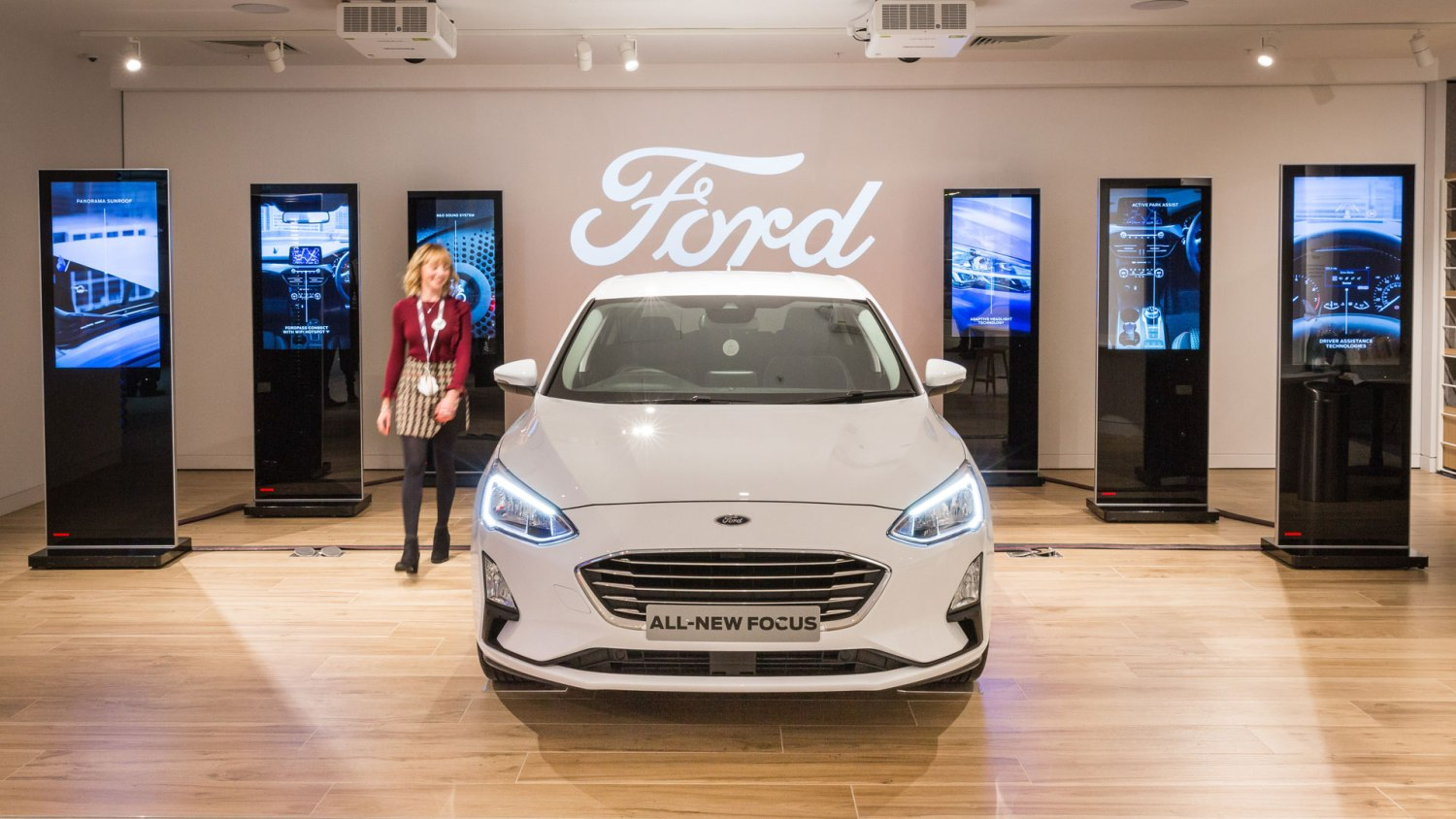 Ford dealer showroom