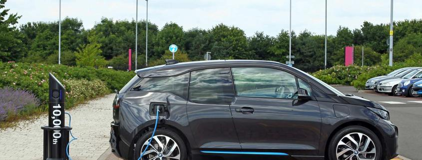 Google Maps just made finding EV charging points much easier