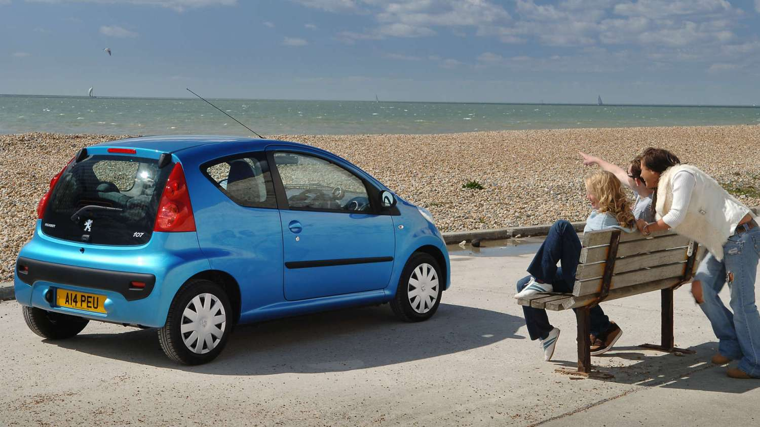young drivers Peugeot 107