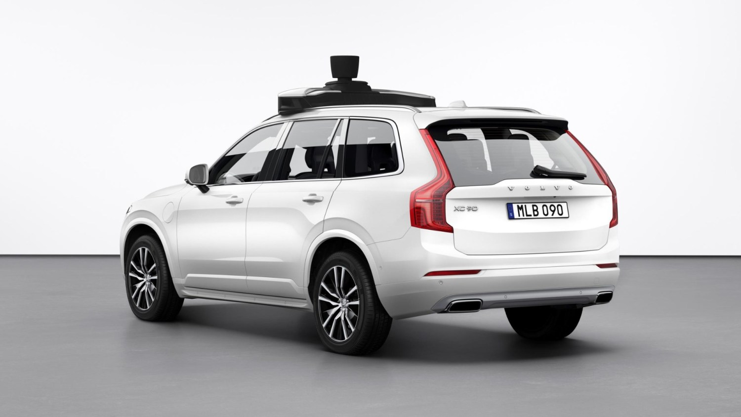 Volvo and Uber partner on autonomous cars