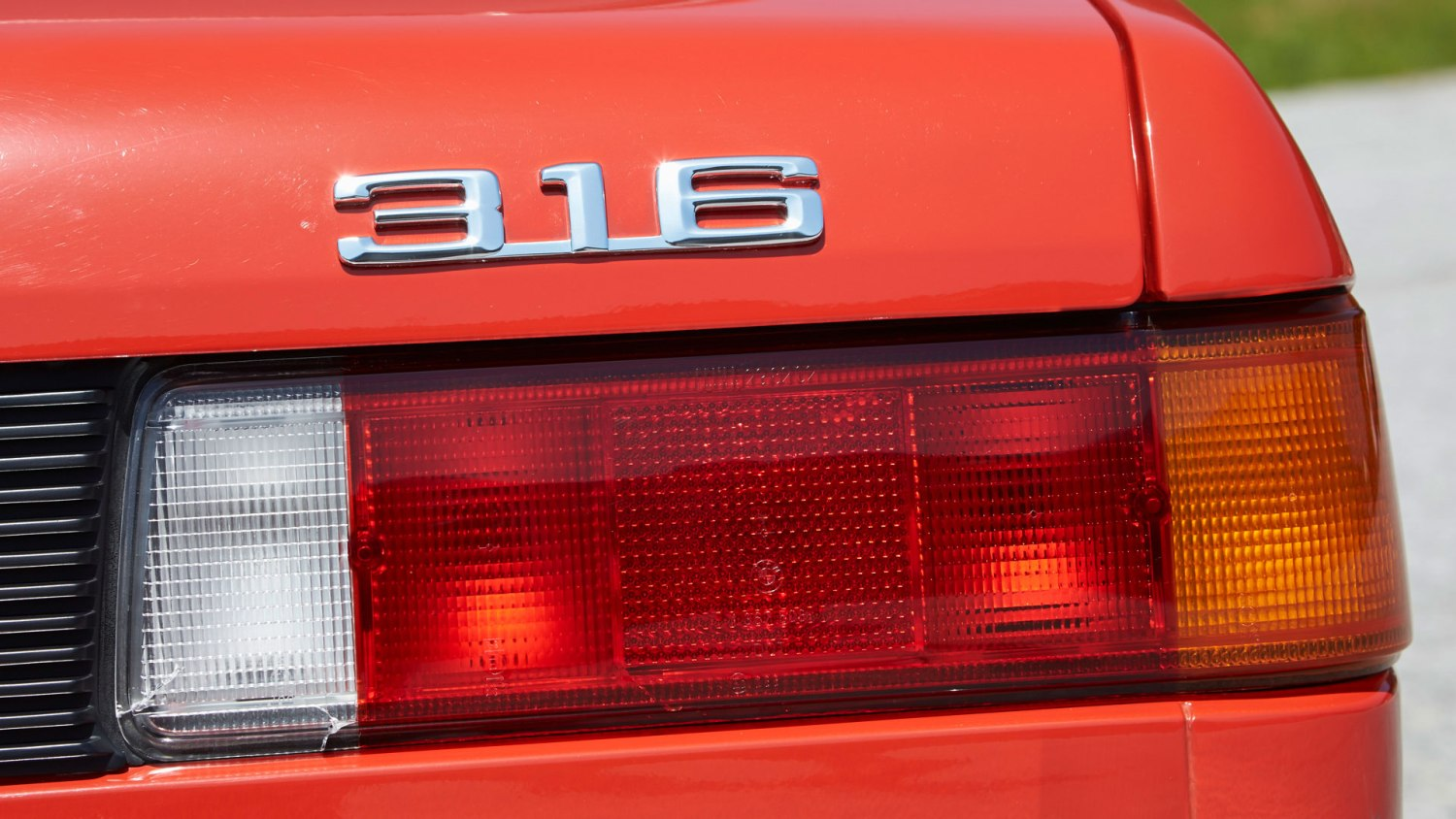 Cars that share the same rear lights