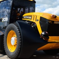 Guy Martin sets new British speed record in a JCB Tractor