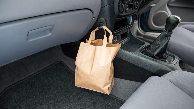 Nissan Almera curry hook