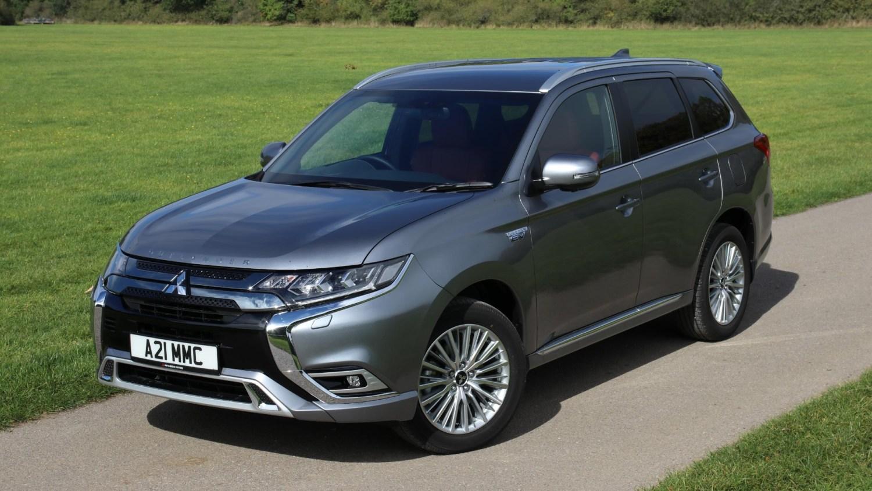 Mitsubishi Outlander plug-in sales buck downturn trend