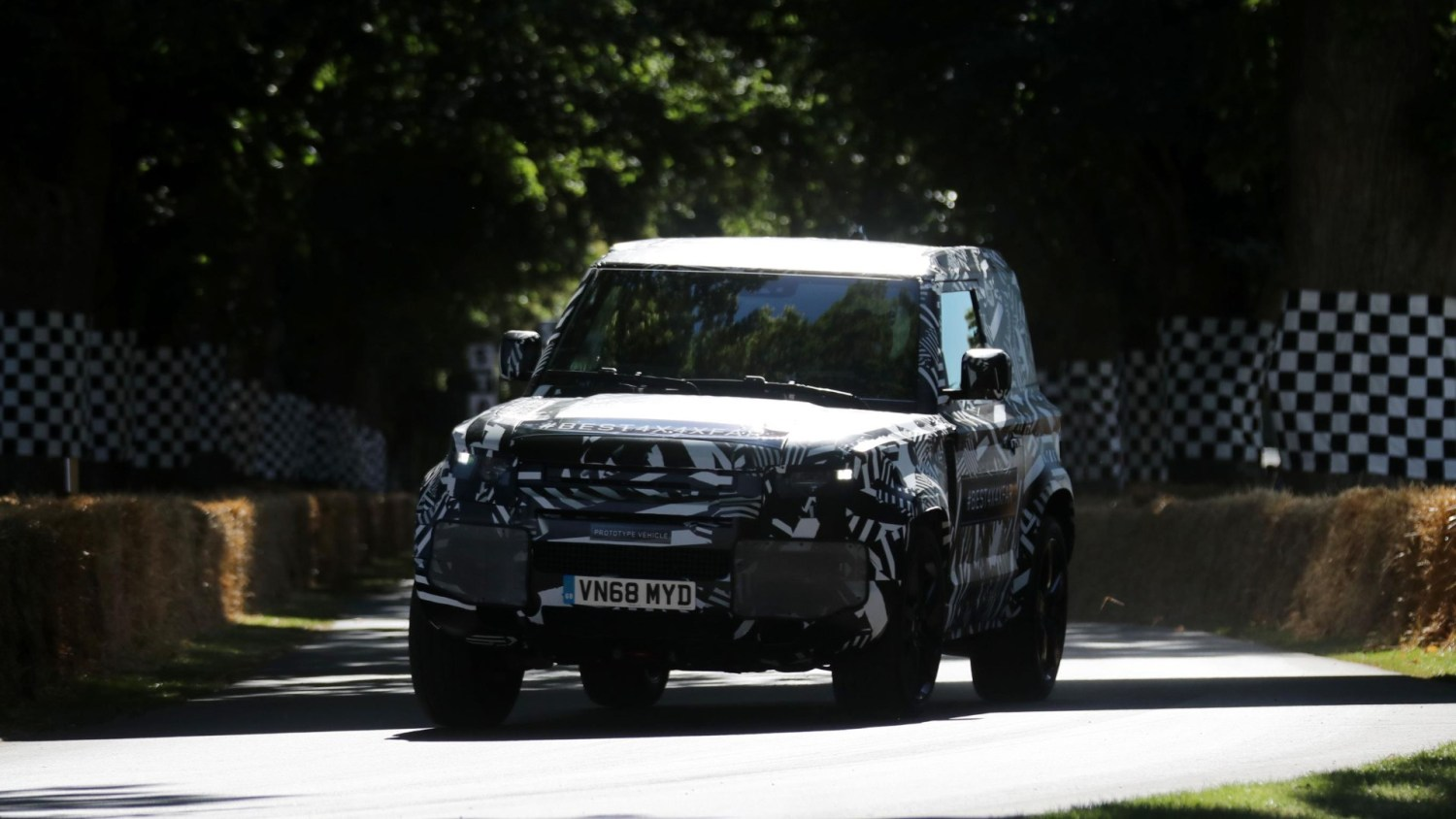Land Rover Defender opens Goodwood FOS