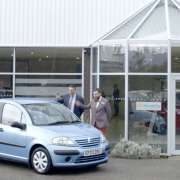 Citroen keeps old cars going for charity