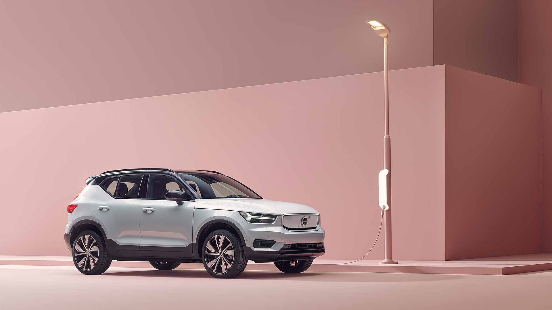Volvo XC40 Recharge: electric SUV has sports car speed, 250-mile range